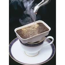 カフェットコーヒー淹れてるトコ